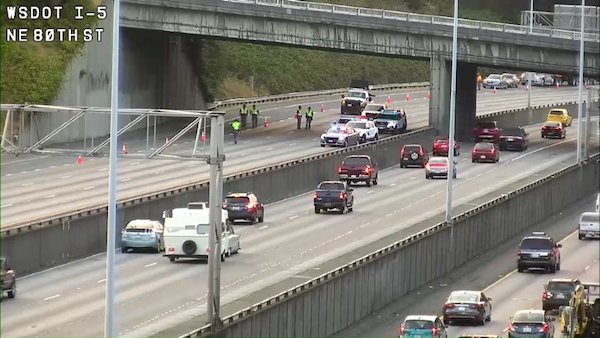 Fatality Investigation on NB I-5 at 85th Street in Seattle
