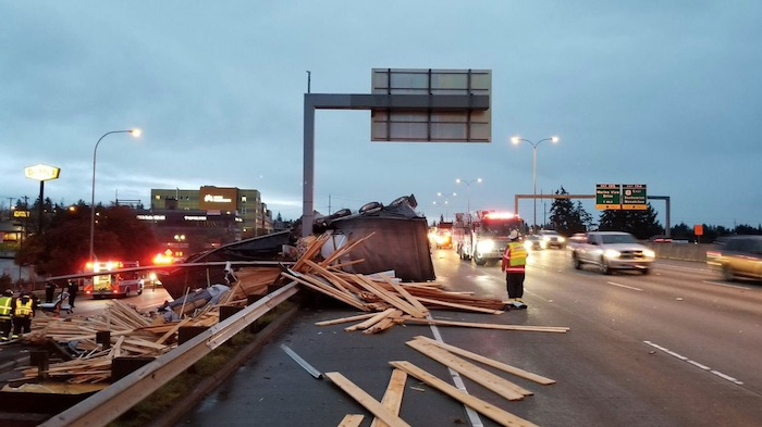 2 Injured as Semi Truck Dumps Load on I-5 in Everett