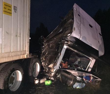 Lawsuit Filed Against Abilene Motor Express - Illegally Parked Semi