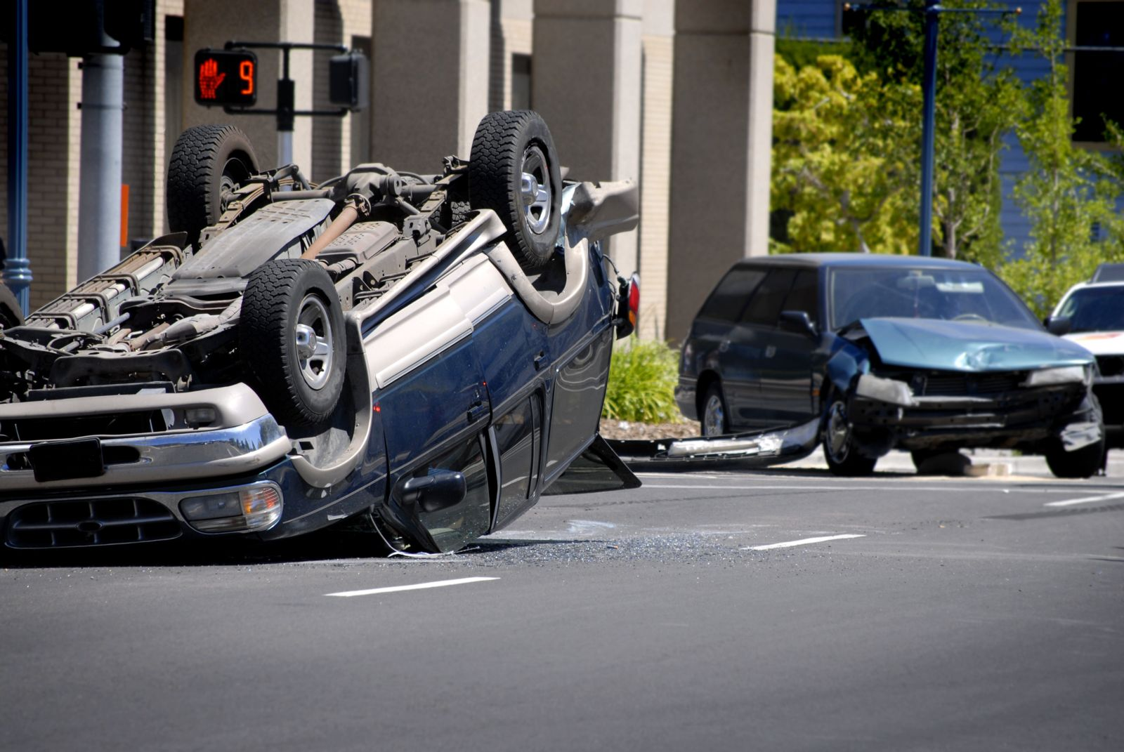 How Much Is a Rollover Car Accident Settlement Worth? | Max Meyers