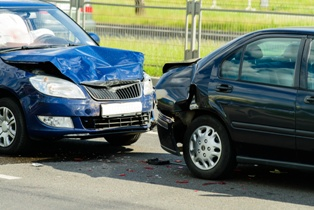 How to File a Car Accident Claim With the Insurance Company | The