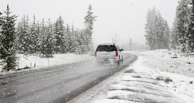 How to Stay Safe on Kansas City Roads During Extreme Weather