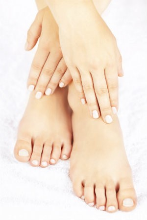 6 Causes of Yellow Toenails | Southern Oregon Foot & Ankle, LLC